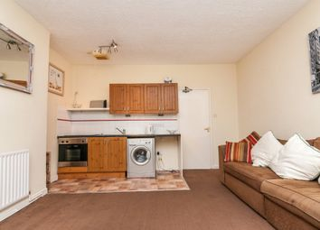 Thumbnail 1 bed flat to rent in Balby Road, Doncaster