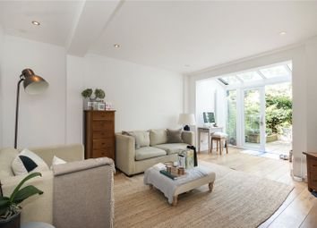 Thumbnail 1 bed flat to rent in Montague Road, Hackney, London