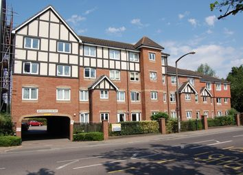 Thumbnail 2 bedroom flat for sale in Darkes Lane, Potters Bar