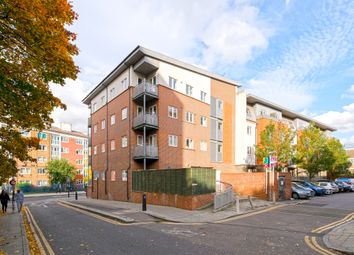 Thumbnail 1 bed flat to rent in San House, Hackney