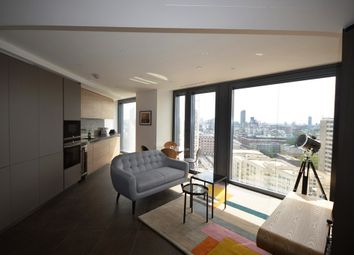 Thumbnail 1 bed flat to rent in Chronicle Tower, Lexicon, City Road, London