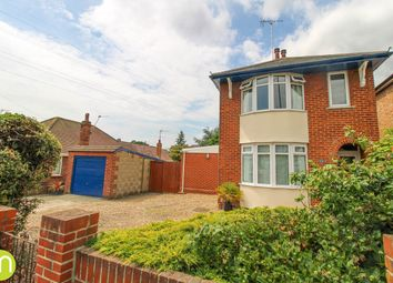 Thumbnail 3 bed detached house for sale in Old Heath Road, Colchester