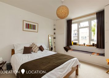 Thumbnail 1 bedroom flat for sale in Narford Road, London