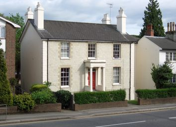 Thumbnail 1 bed flat to rent in Sunningdale, Reigate
