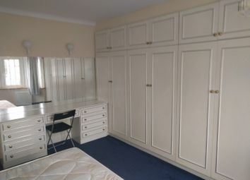 Room to rent in Longfield Avenue, Mill Hill, London NW7