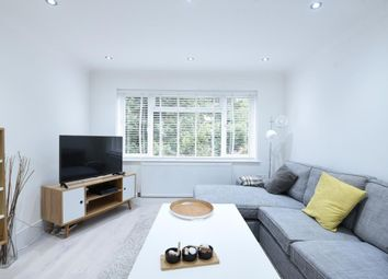 2 bed maisonette to rent in Windsor Road N3, Finchley, London,