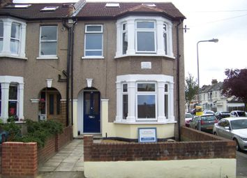 Thumbnail 6 bed shared accommodation to rent in Auckland Road, Ilford