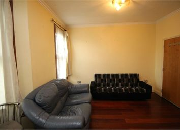 Thumbnail 2 bed flat to rent in Greenleaf Road, London