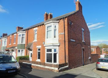 Thumbnail 3 bed flat to rent in Alnwick Road, South Shields