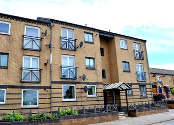 Thumbnail 2 bed flat for sale in Glasgow Road, Clydebank