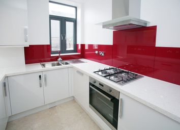 Thumbnail 1 bed flat to rent in Philpot Street, London