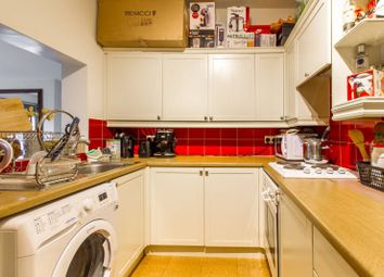 Thumbnail 2 bedroom flat to rent in Woodside Park Road, Woodside Park