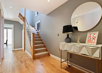 Thumbnail 3 bedroom town house for sale in Clapham Road, London
