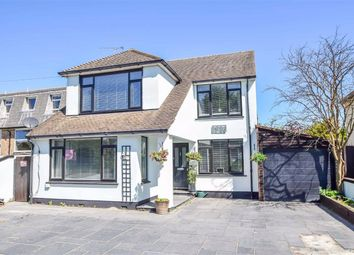 3 bed detached house for sale in London Road, Benfleet, Essex SS7