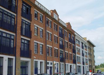 Thumbnail 1 bed flat to rent in 8 Copperfield Road, London
