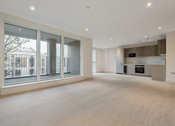 Thumbnail Flat to rent in The Avenue, Brondesbury Park
