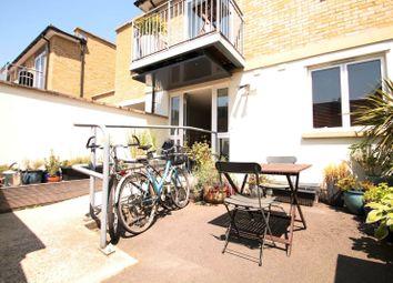 Thumbnail 1 bed flat to rent in Brighton Road, Surbiton
