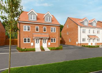 Thumbnail 3 bed town house for sale in London Road, Buntingford