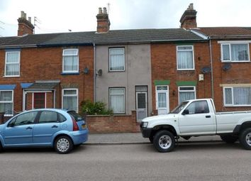 3 bed terraced house to rent in May Road, Lowestoft NR32