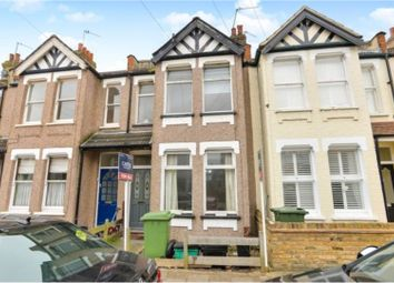 Thumbnail 1 bed flat to rent in Meadow Road, Bromley