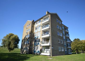 Thumbnail 2 bed flat to rent in Bromholm Road, London