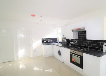 Dunheved Road South, Thornton Heath CR7. 3 bed flat