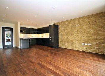 Thumbnail 2 bed flat to rent in Canning Town