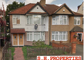 Thumbnail 1 bed flat to rent in Bengarth Drive, Harrow