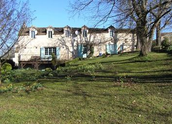 Thumbnail 6 bed property for sale in St-Eutrope-De-Born, Lot-Et-Garonne, France