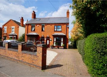 3 bed semi detached for sale in Hykeham Road