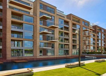 Thumbnail 2 bed flat to rent in Doulton House, Chelsea Creek, Chelsea