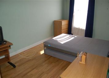 Thumbnail 5 bed flat to rent in Railway Cottages, Durnsford Road, London