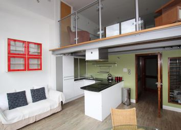 2 bed flat to rent in Crusader House, Thurland Street, Nottingham NG1