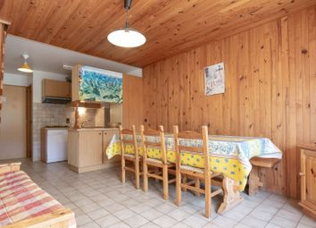 Thumbnail Apartment for sale in 73210 Peisey-Vallandry, Savoie, Rhône-Alpes, France