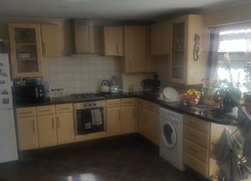 Thumbnail 1 bed flat to rent in Cobbetts Avenue, Redbridge