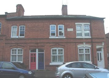 Thumbnail 3 bed flat to rent in Montague Road, Clarendon Park, Leicester