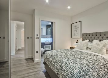 Thumbnail 2 bedroom flat for sale in Bevenden Street, Hoxton