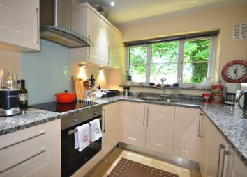 Thumbnail 2 bed flat to rent in Lower Broadmoor Road, Crowthorne