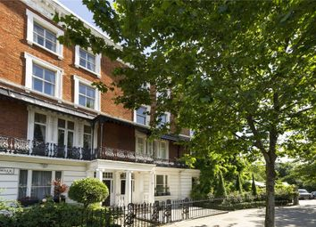 Thumbnail 1 bedroom flat for sale in Cheyne Walk, Chelsea