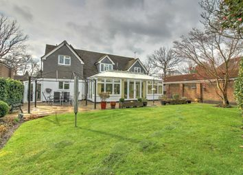 Gales Drive, Crawley RH10. 4 bed detached house for sale