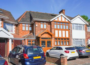 Thumbnail 2 bed detached house to rent in Gibbon Road, London