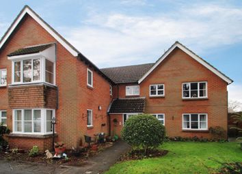 Thumbnail 2 bedroom flat for sale in Glenapp Grange, Mortimer Common