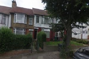 Thumbnail 4 bed terraced house to rent in Alexandra Road, Hendon