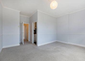 2 bed flat for sale in Birdhurst Rise, South Croydon CR2