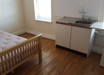 Thumbnail Room to rent in Room 11, Showell Green Lane, Sparkhill