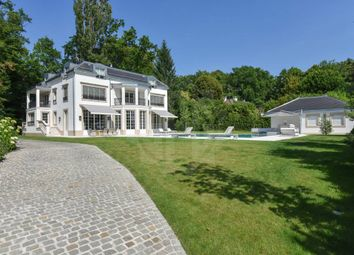 Thumbnail 6 bed property for sale in Collonge-Bellerive, Genève, CH