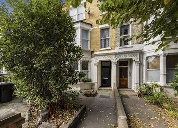 Caledonian Road, London N7. 3 bed flat