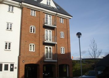 2 bed flat to rent in Hardie's Point, Colchester CO2