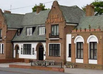 Thumbnail Pub/bar for sale in Rydding Lane, West Bromwich