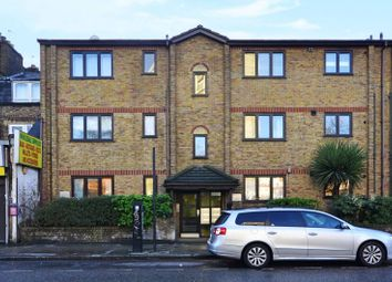 Thumbnail 1 bed flat to rent in Hackney Road, Bethnal Green